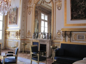Salon diplomatique de l'Hôtel de la Marine où étaient conservés les Joyaux de la Couronne